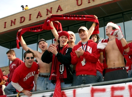 college_soccer_fans_indiana_2004