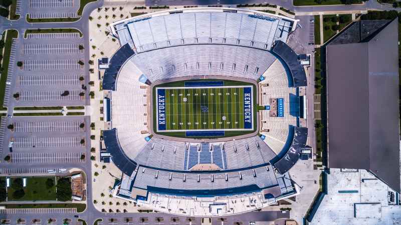 Largest college football stadiums attendance top 5